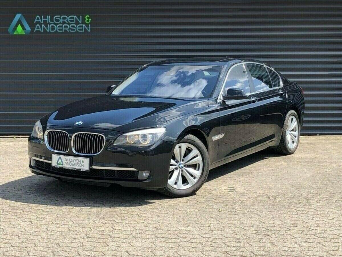 BMW 750i 4,4 aut. 4d