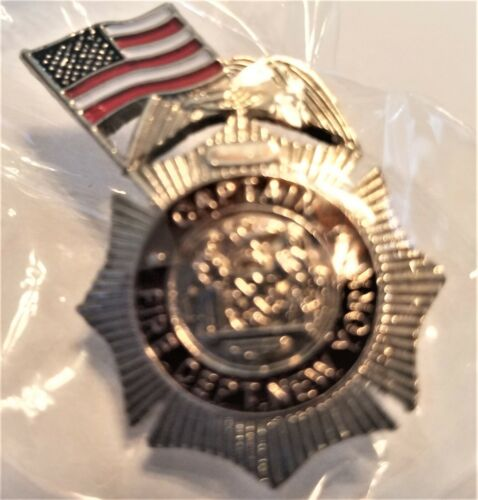 CAPTAIN FIRE DEPARTMENT OF NEW YORK W//FLAG COMMEMORATIVE PIN