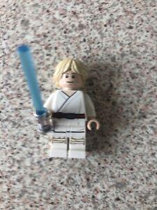 Lego-75270-STAR-WARS-luke-skywalker-Figurine-avec-sabre-laser-Tatooine-version
