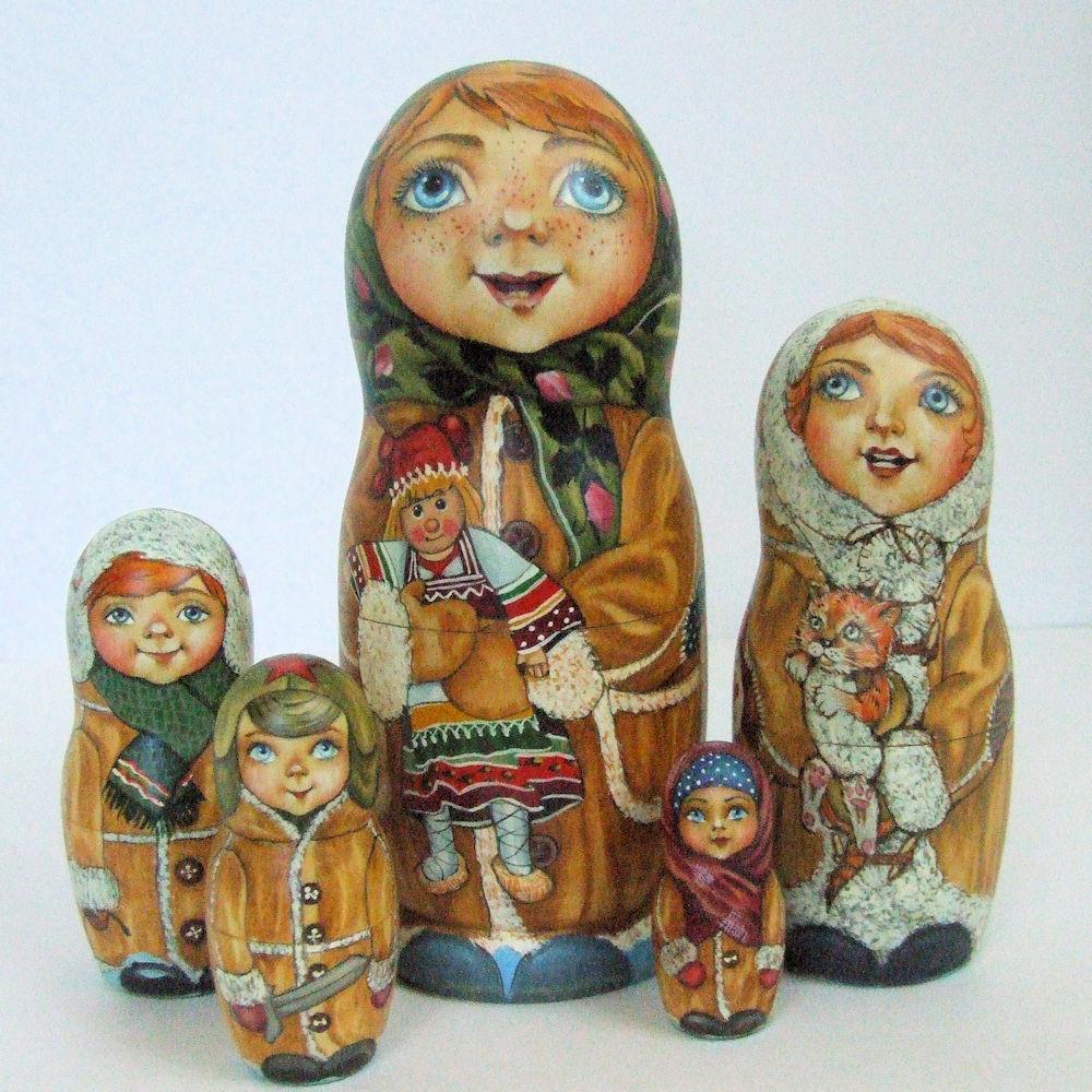 5p Pintado Only One Muñecos-caja Rusos   Niñas con Su Juguetes  ,