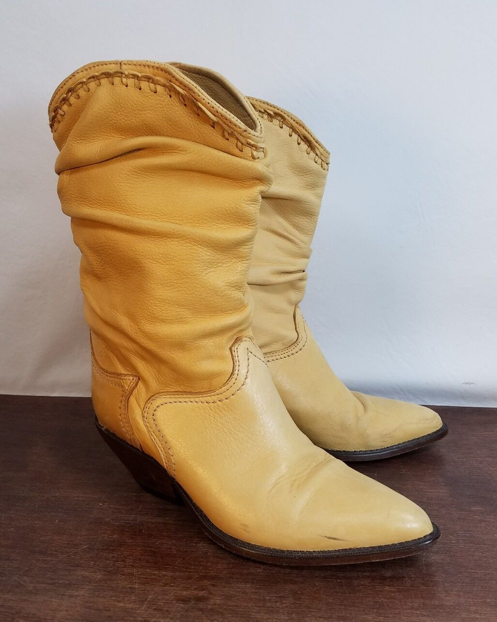 Womens Yellow Butter Soft Leather Zodiac Great Western Boot Co. Cowgirl Boot 7M