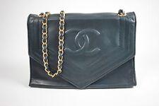 Authentic CHANEL: Quilted CC Chain Belt Pochette shoulder Bag Navy Blue