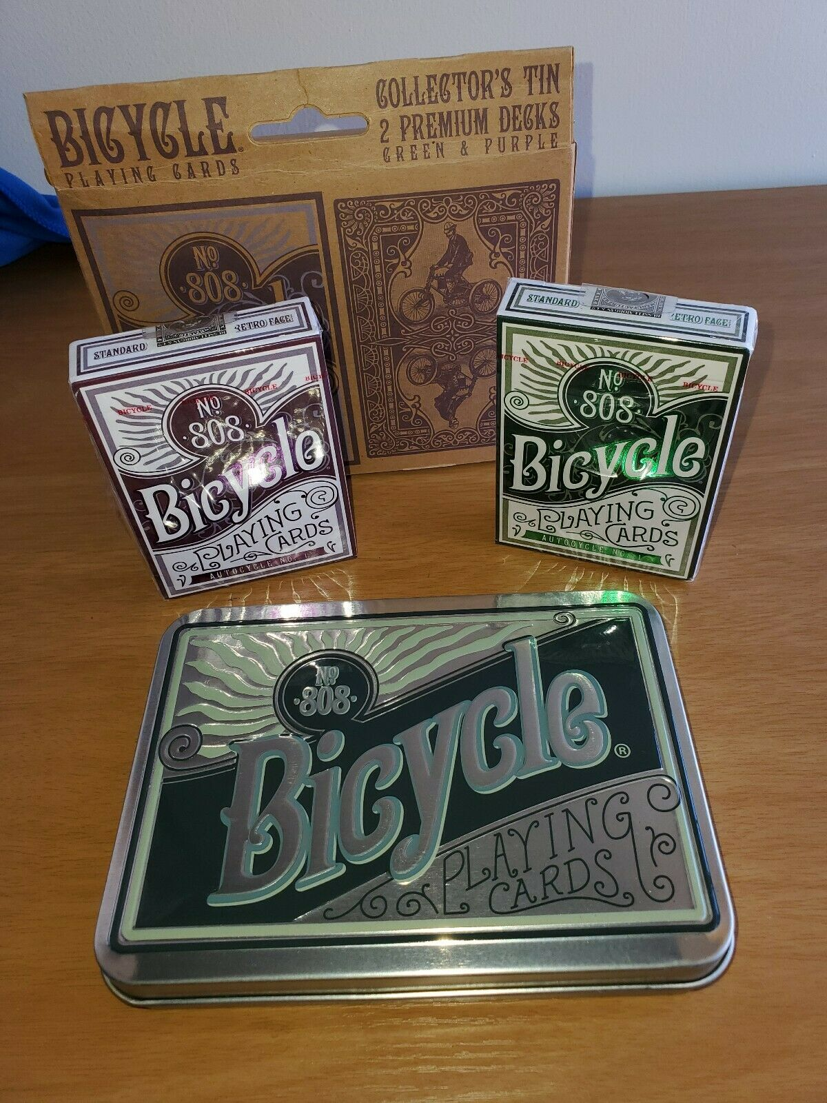 Bicycle Collector/'s Tin Contains 2 Premium Playing Card Decks Purple n Green
