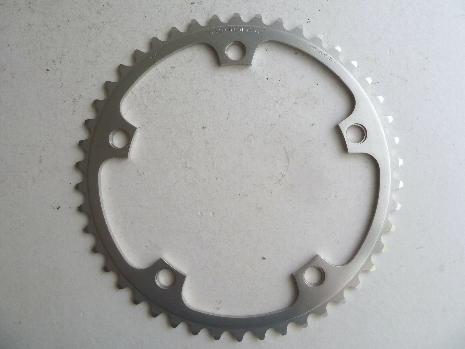 Vintage Stronglight 106 road chainring, 46 t,  144, 3 32 , VGC, eroica  high discount