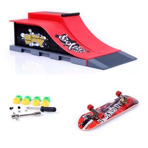 Mini Finger Skateboard Toy w/ Stunt Ramp Accessory Boy Kids Children Gift E#