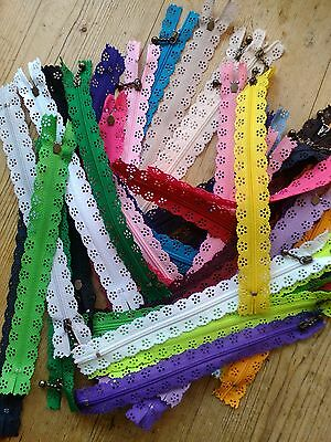 1 x 30cm ZIP with fancy lace edge various colours to choose from!