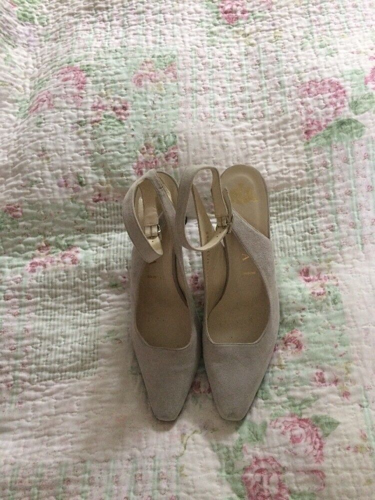 Lux GINA LONDON Taupe Suede Ankle Strap Stilettos  High Heels-size 6.5 VGC