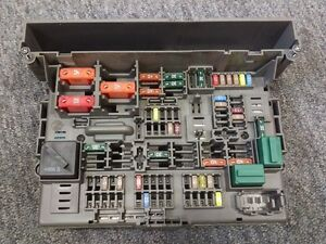 power distribution fuse box bmw e81 e82 e87 e88 e90 e91 e92 e93 e84 rh ebay co uk