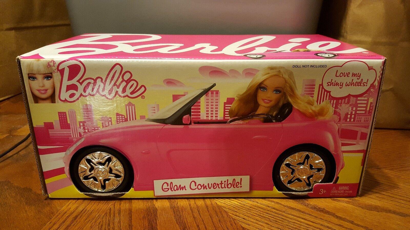 Barbie Glam Converdeible rosado 2010 Mattel-Nuevo Sellado