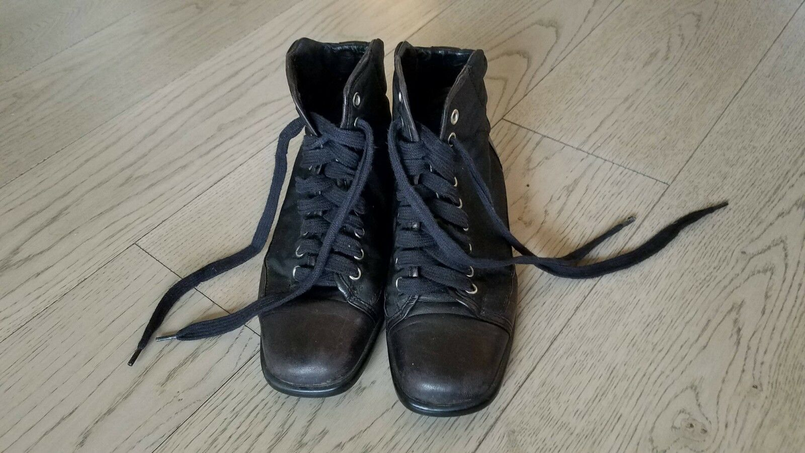 Prada Wouomo Sz 37 nero  Leather Nylon Lace Up Up Top scarpe da ginnastica; Square Toe  senza esitazione! acquista ora!