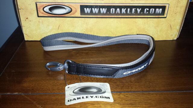 d5c4dcb8dd Oakley Lanyard PANELED LEATHER Keychain Rare SI ELITE TACTICAL AP SHEET  METAL