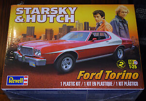 1974 ford gran torino starsky hutch 1 25 revell 4023. Black Bedroom Furniture Sets. Home Design Ideas