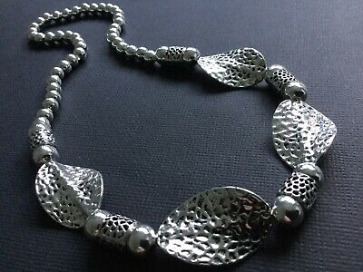 Chunky Tibetan hammered Twisted leaf Stretch Beaded necklace Choker