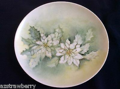 "VTG Decorative porcelain hand painted Green White poinsettia flower  7.75"" Plate"