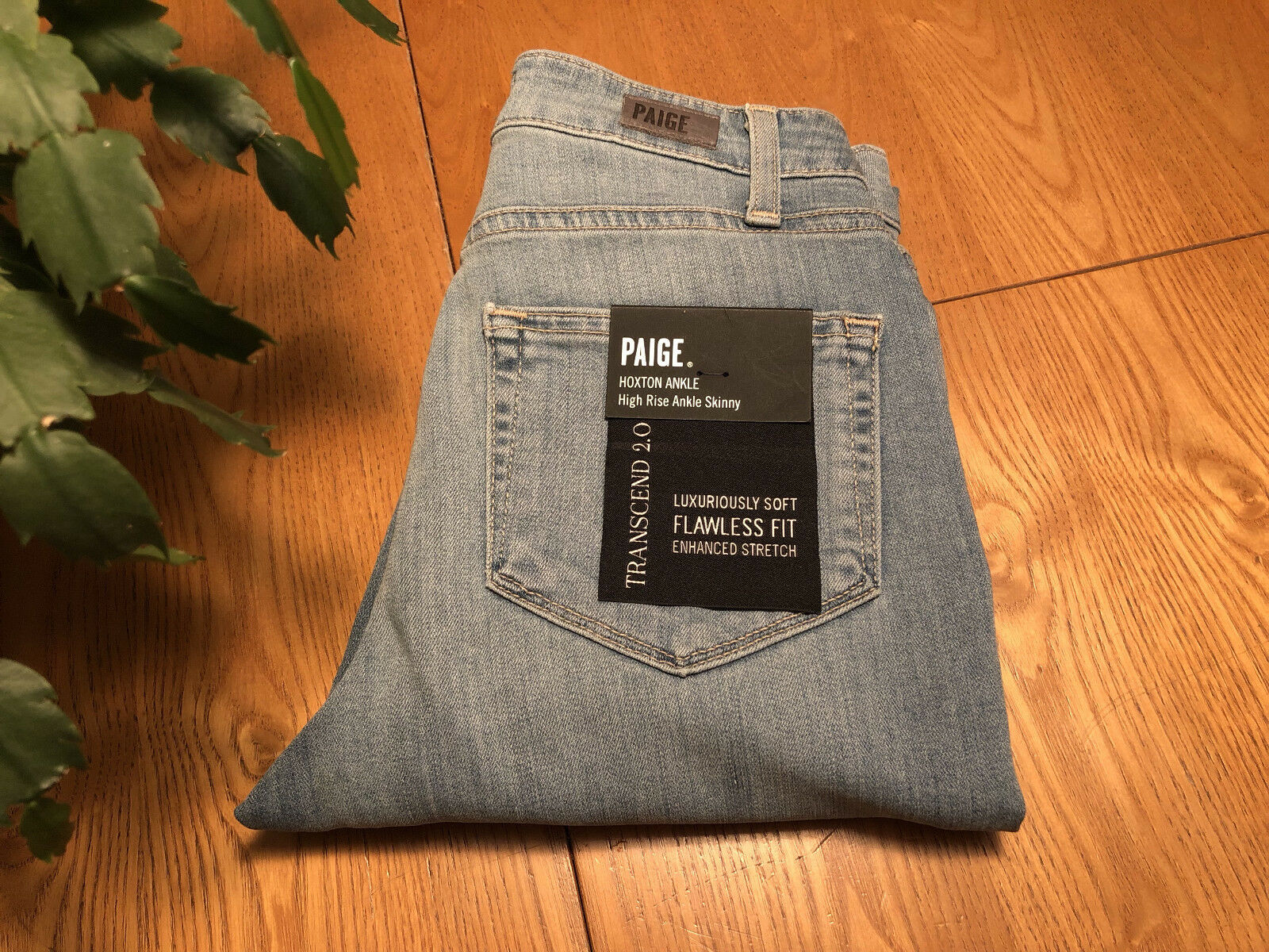 PAIGE TRANSCEND 2.0 HOXTON HIGH-RISE ANKLE SKINNY JEANS 23 X 28.5 NWT... NICE