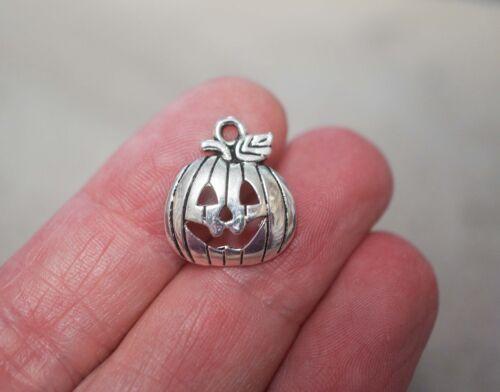 18mm Halloween Charms Metal Antique Silver 10 Pumpkin Charms//Pendants