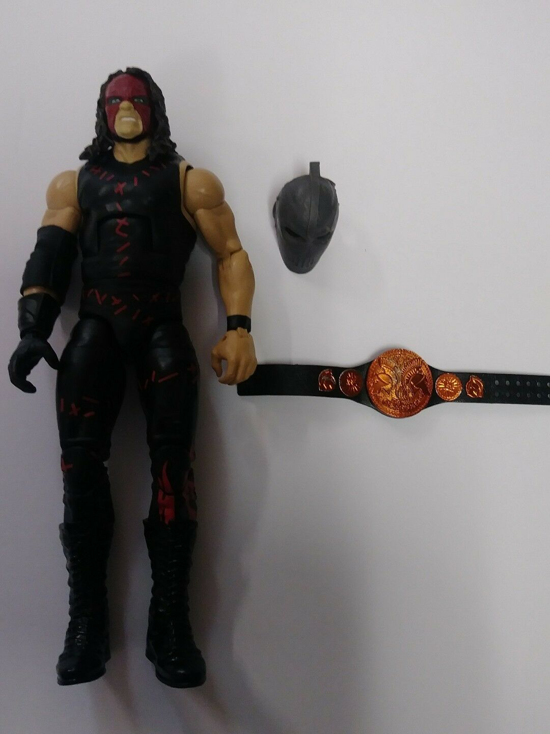 2011 WWE Elite Series Kane Kane Kane Action Figure Complete w Mask & Champions Title Belt 36a7c2