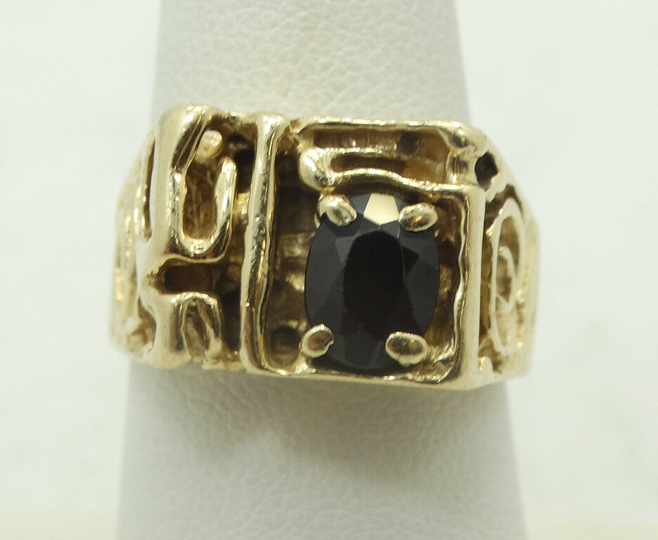 Bold 14K Yellow gold Ruby Unique Free Form Ring Size 8.5 A9045