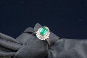 Platin Ring mit Smaragd - Frankfurt, Deutschland - Platin Ring mit Smaragd - Frankfurt, Deutschland