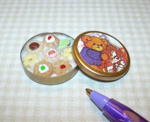 DOLLHOUSE Miniatures 1:12 Miniature Lola Bear Tin of Fancy Cookies #1
