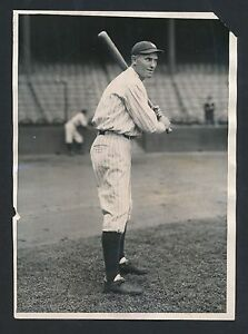 1927 Yankees MARK KOENIG Vintage Baseball Photo BATTING at the BALLPARK