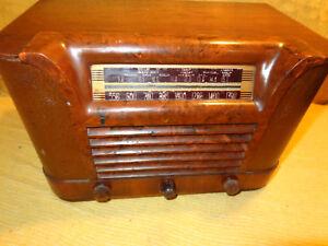 Philco-Table-Top-Wood-Radio-Model-42-323-lt-lt-lt-LOOK-gt-gt-gt