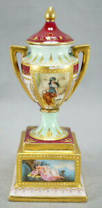 Carl Thieme Dresde peint à la main Vénus & ANGELOT Miniature urne circa 1891-1901
