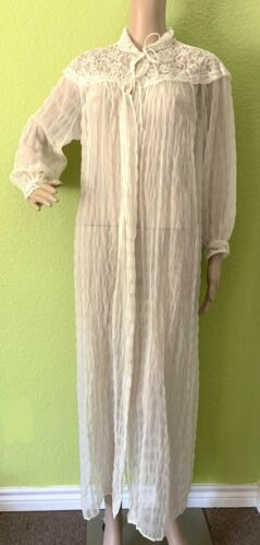 Tula 1940's Ivory Sheer Peignoir with Lace and Bea