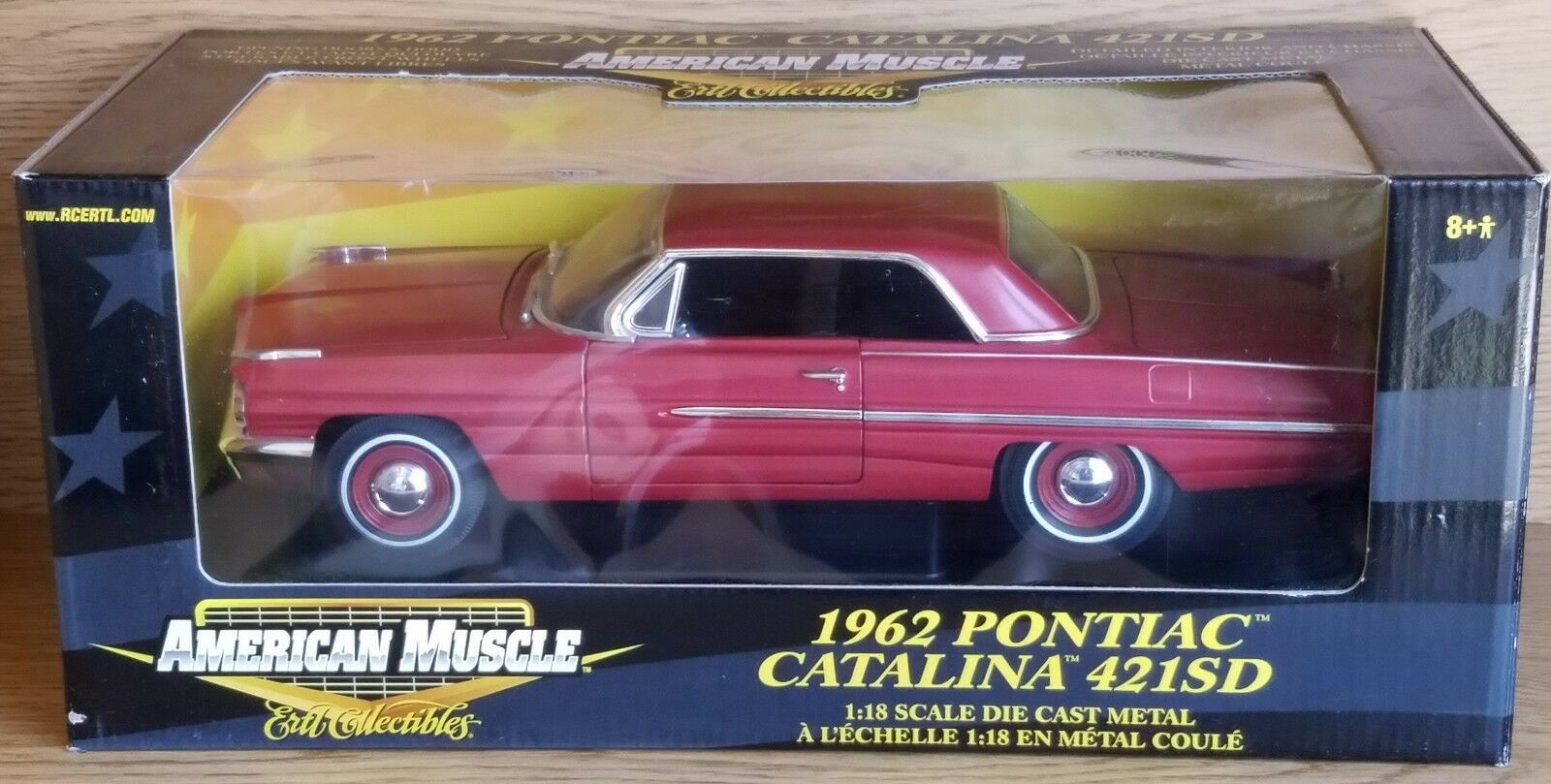 1 18 ERTL AMERICAN MUSCLE 1962 PONTIAC CATALINA 421SD RED yd