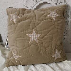Decorative-Cushions-Pillow-with-Filling-Star-Stars-Velvet-Beige-Shabby-Vintage