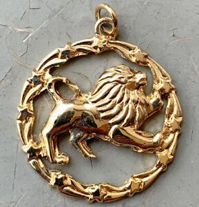 VINTAGE-LEO-CHARM-PENDANT-LION-GOLD-TONE-METAL-ASTROLOGY-JEWELRY-NOS