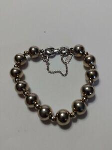Vintage-Signed-MONET-Strung-Silvertone-Balls-Bracelet-7-034