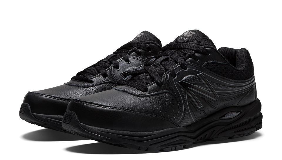 New Balance MW840BK Black Leather Cushioned Walking Sneaker Wide