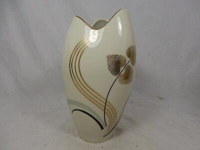 Well shaped & handpainted / formschöne Jacob Hertel Porzellan Vase 870 / A