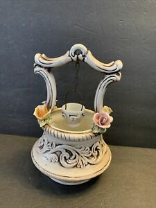 CAPODIMONTE-FLORAL-WISHING-WELL-amp-BUCKET-MADE-IN-ITALY-10-Tall-VINTAGE