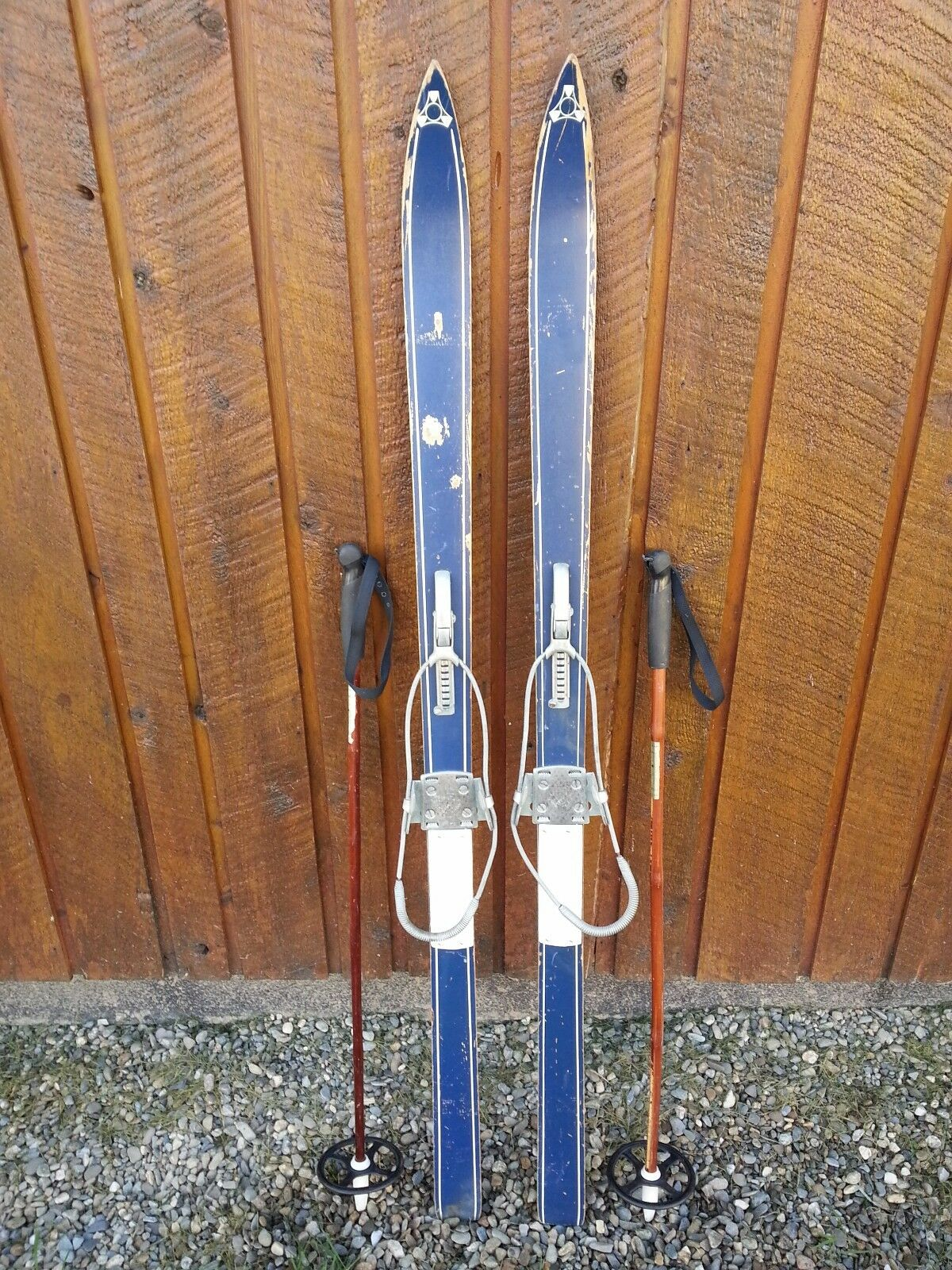 Vintage Wooden 53   Long Skis blueE Finish with Cable Bindings + Bamboo Poles  simple and generous design