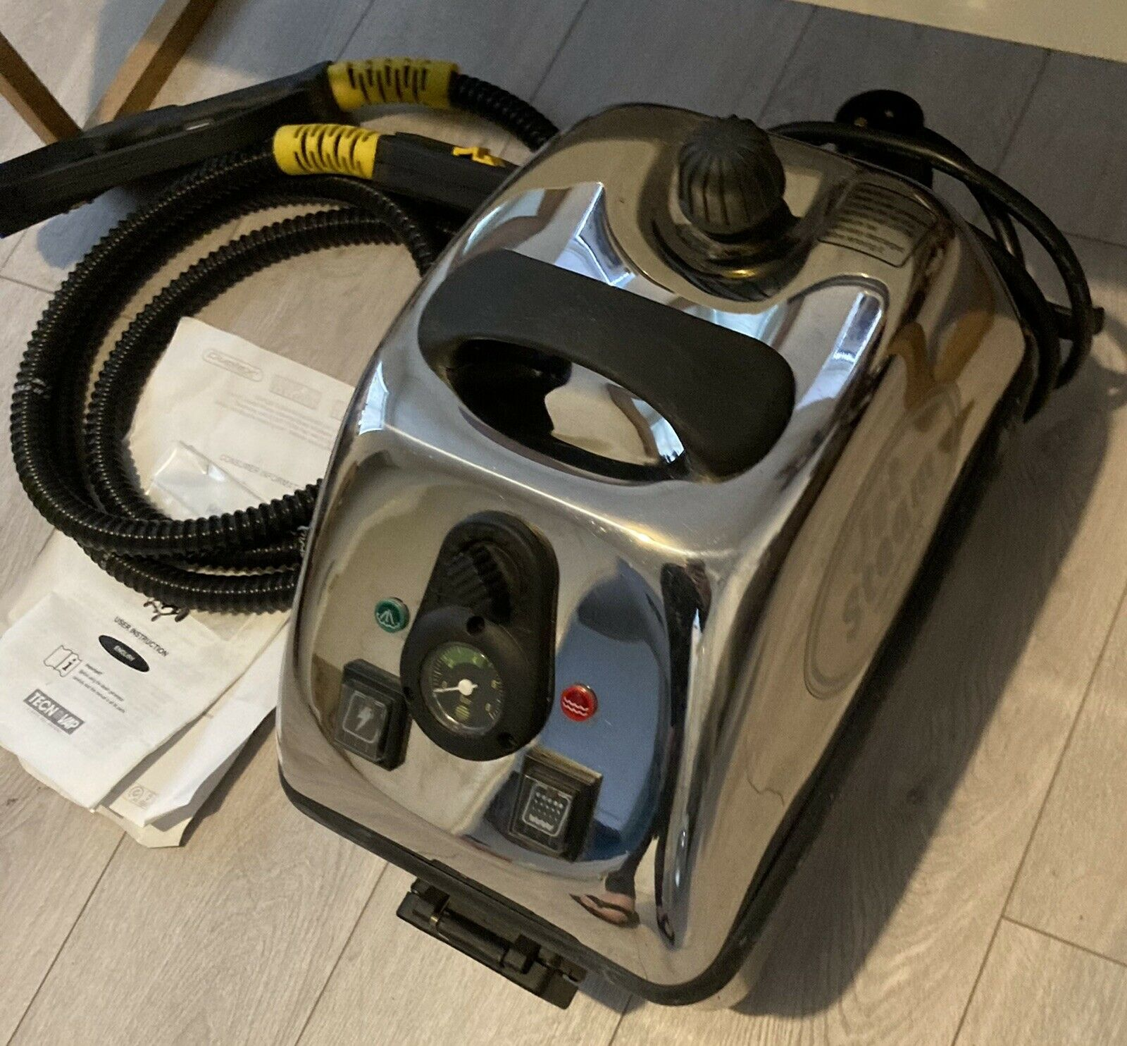 Duplex Jet Steam Cleaner. Only Used Once For 2hrs. Inc S/H Bucket Transformer.