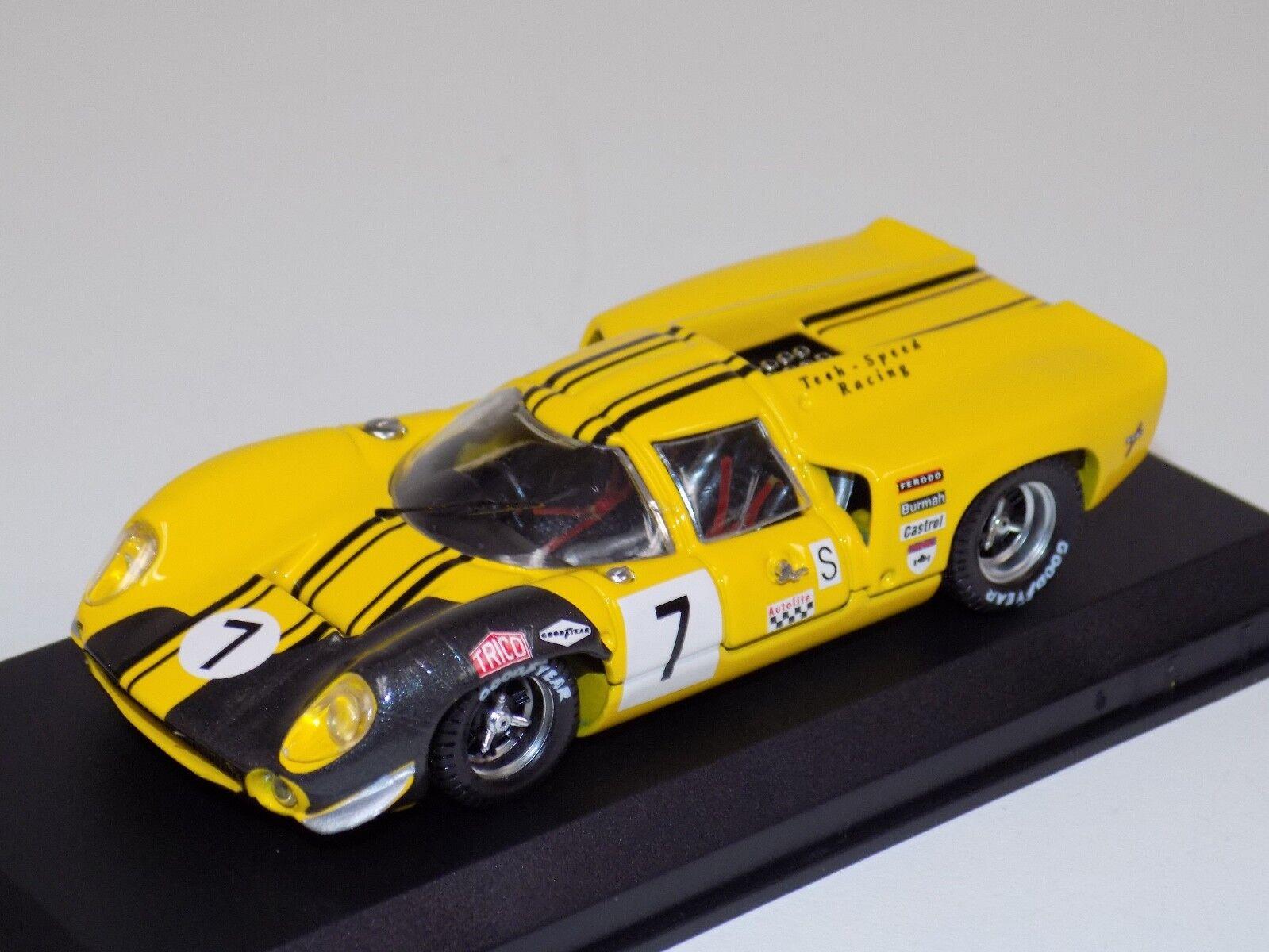 1 43 mejor modelo Lola T70 Coupe Coche  7 de 1969 marca escotilla  9283