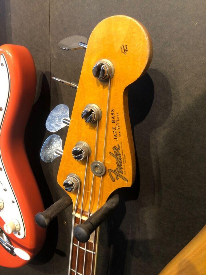 Elbas, Fender Jazz Bass 1966