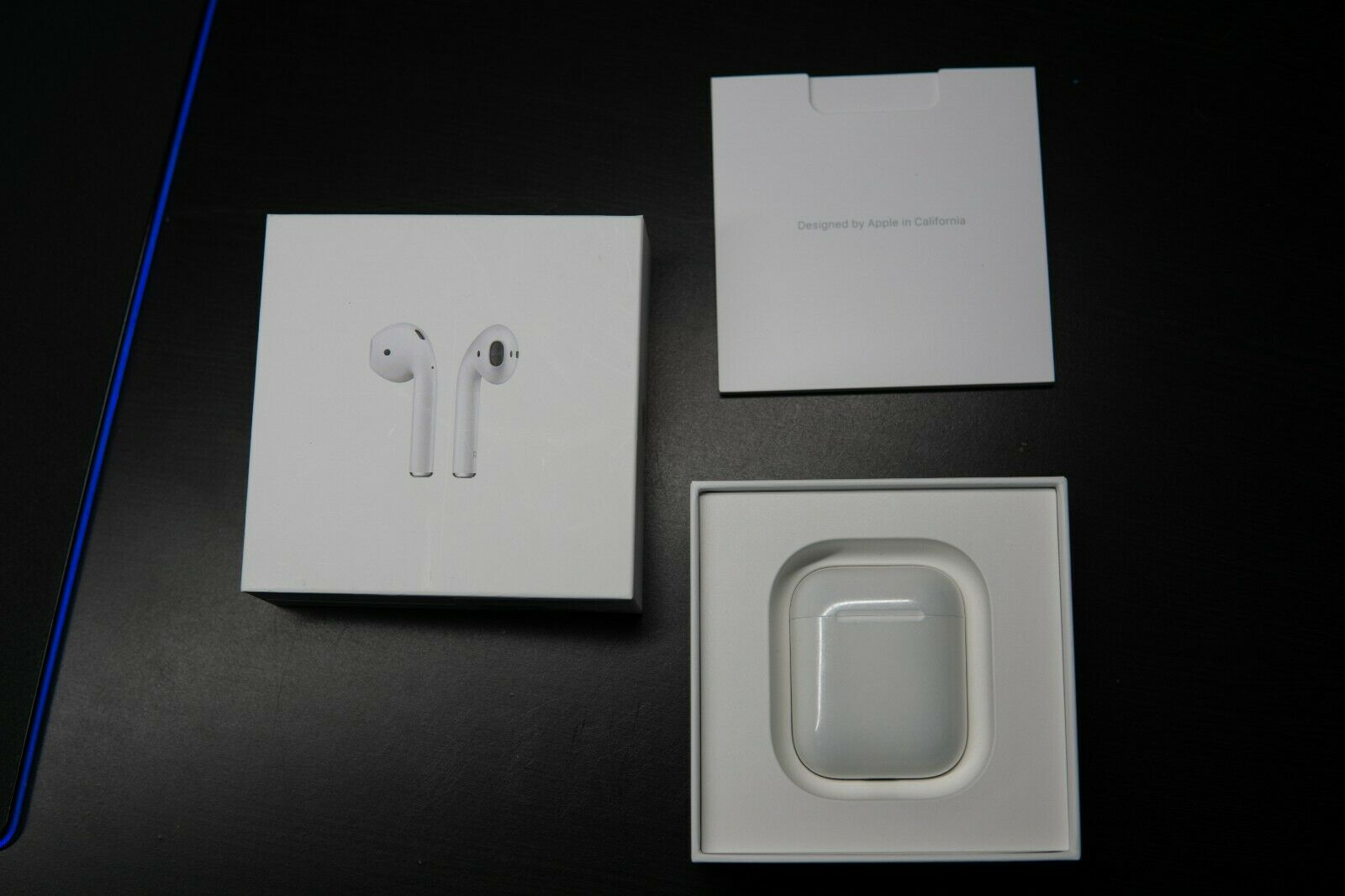 Apple Airpods 1st Gen A1523 Earbuds And Case For Sale Online Ebay