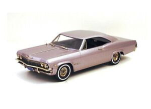 Chevrolet Impala 2-Door Hardtop (1965) in Evening Orchard (1:43 scale by Brookli