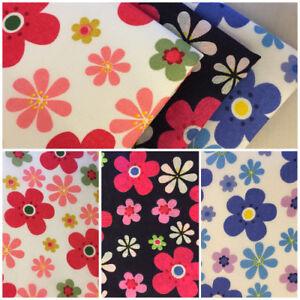 Sewing Retro Buttons Makower Cotton Fabric Fat Quarter//Metre Patchwork//Craft