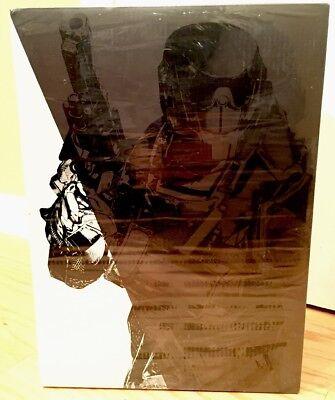 Destiny Titan Figure 3 A Bungie ThreeA le pendu Homme Shader Exclusive Statue