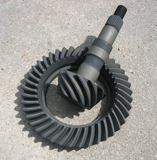 """GM 7.5"""" 7.625"""" 10-Bolt CHEVY Ring & Pinion Gears 3.90 Ratio - NEW - Rearend Axle"""