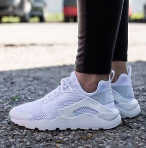 pretty nice 4ca07 9d660 Image is loading Womens-Nike-Air-Huarache-Run-Ultra-BR-Trainers-