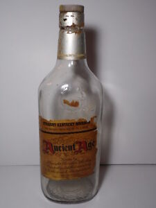 Vintage-1960s-LARGE-18-034-ANCIENT-AGE-DISTILLING-COMPANY-BOTTLE-FRANKFORT-KENTUCKY