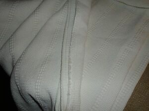 Crate Amp Barrel Full Honeycomb Coverlet Blanket Night