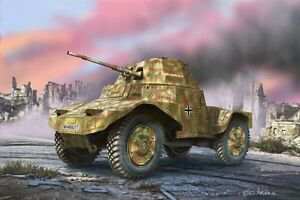 Armor-Scout-Vehicle-P204-F-Revell-Military-Model-Building-Kit-1-3-5-03259