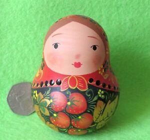 Wobbly-doll-Khokhloma-Matryoshka-ROLY-POLY-RUSSIAN-HAND-PAINTED-SMALL-signed-Art