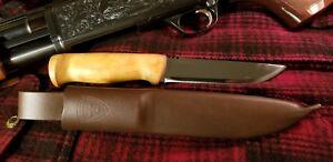 Helle-Knives-Taiga-Hunting-camping-outdoors-bush-craft-woodsman-hiking-fishing
